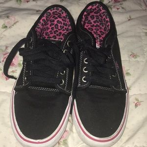 Black Vans with pink/ black leopard print interior